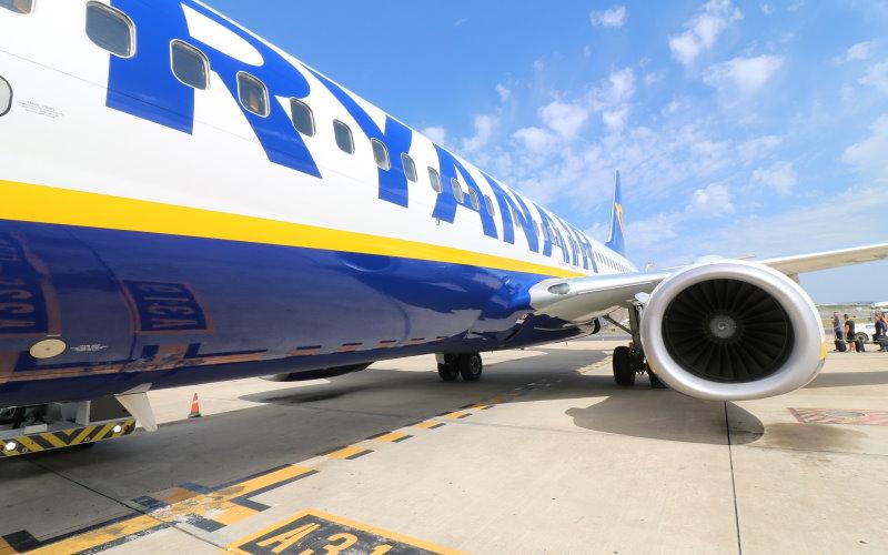 Ryanair aircraft freecoyn